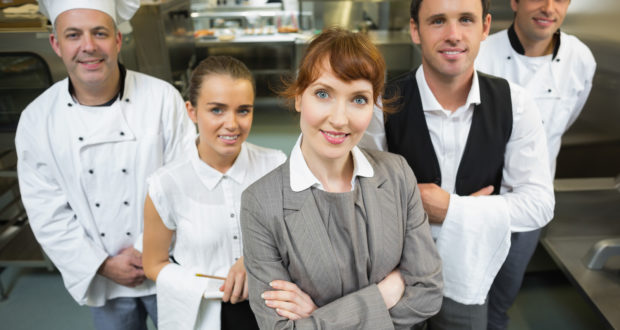 8 tips to find a hospitality job in Australia